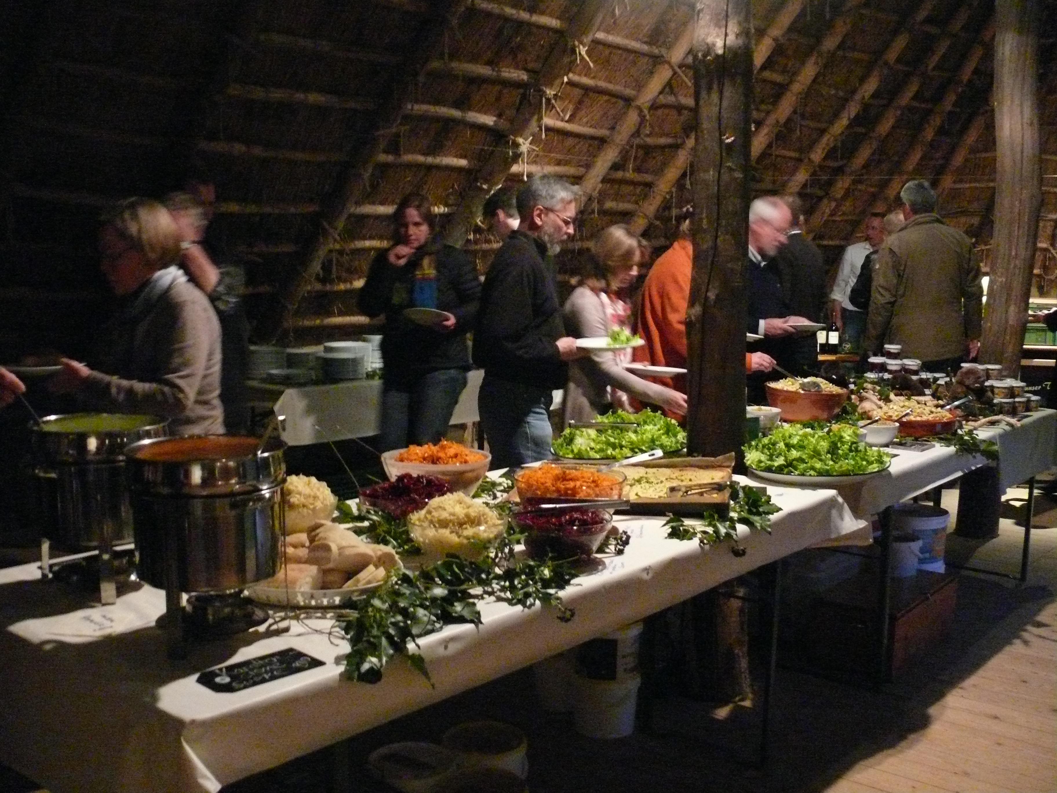 Die Deutschen Biosphärenreservate und der neue niedersächsische Umwelt-minister tagten in Hitzacker und waren bei Partnerbetrieben zu Gast