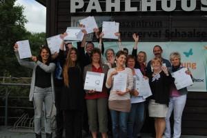 Am Ende der 1,5-tägigen Schulung erhielten die stolzen Teilnehmer ihre Zertifikate. Foto: Susanne Hoffmeister