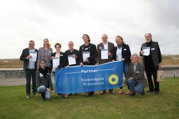 Gemeinde St. Peter Ording und sechs weitere neue Nationalpark-Partner auf Eiderstedt ausgezeichnet