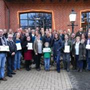 Die Teilnehmer der Zertifizierungsveranstaltung vor dem Vielanker Brauhaus - Fotos: A. Hollerbach, Biosphärenreservatsamt Schaalsee-Elbe