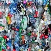 plastic-bottles-115071_640